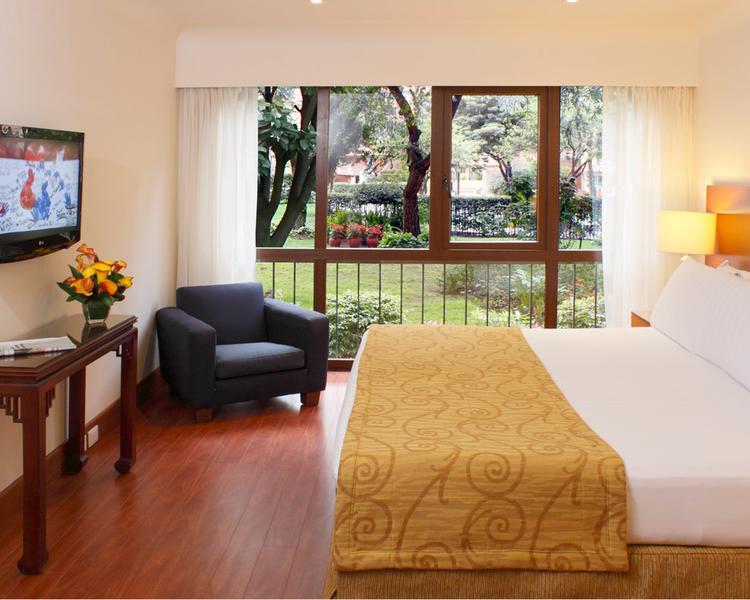 SUITE APARTMENT ESTELAR La Fontana - Apartments Bogota Hotel Bogota